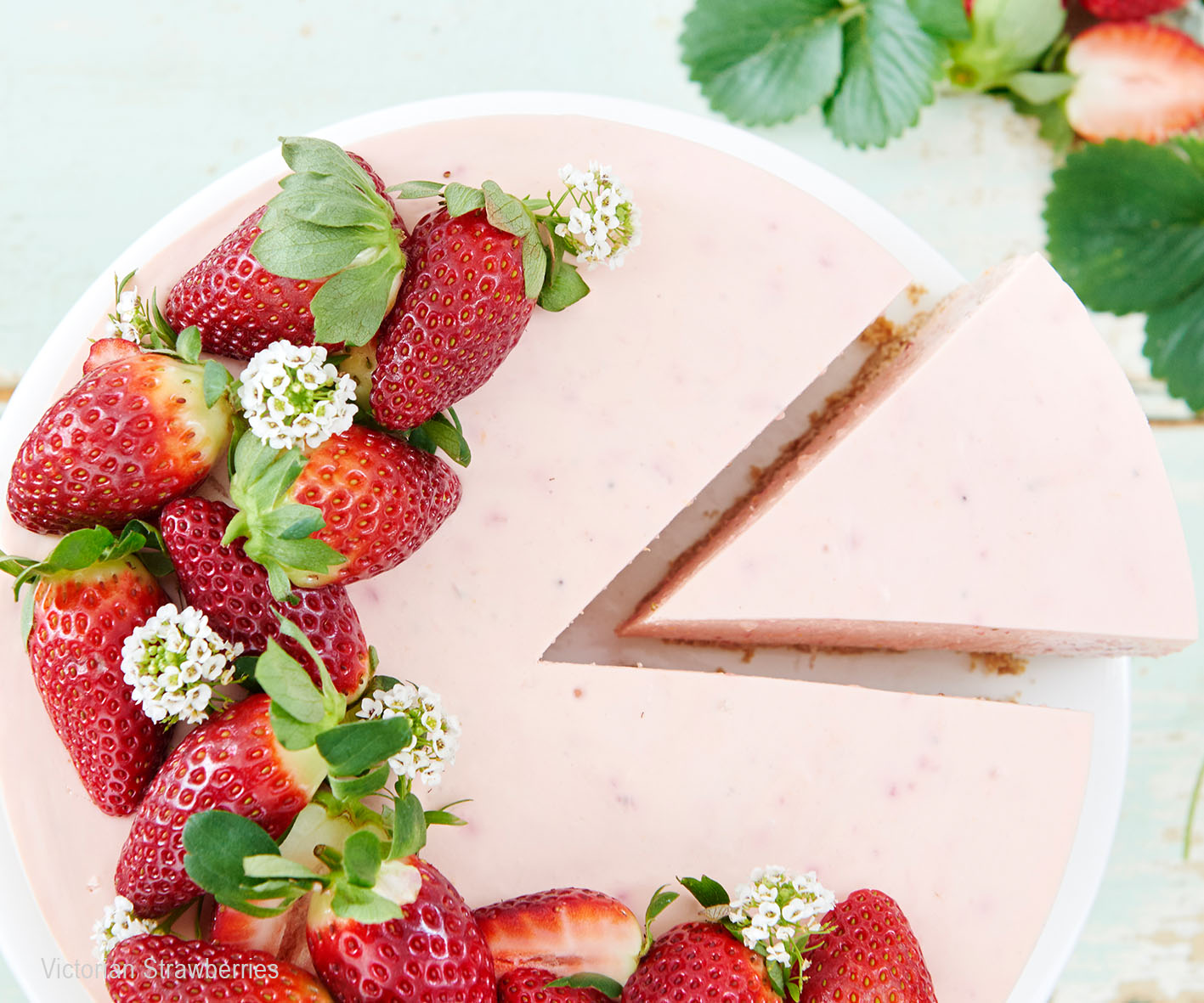 COOKINGPOSTJPEG - CLASSIC-STRAWBERRY-CHEESECAKE
