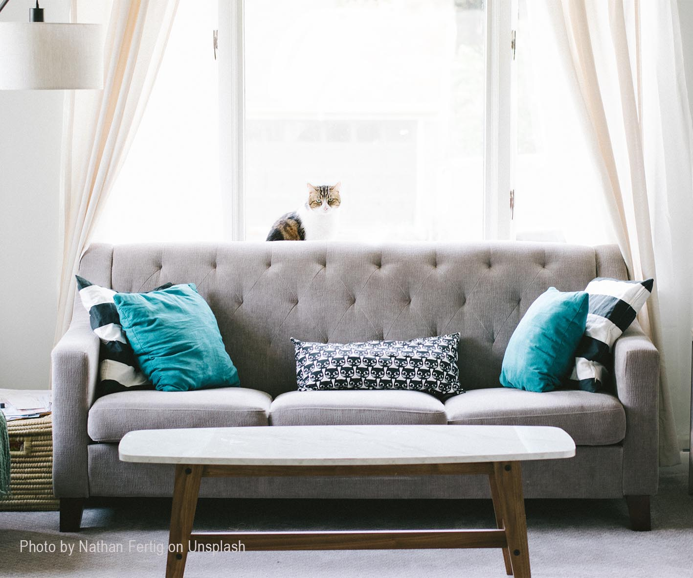 7-Tips-For-Styling-Apartments-+-Other-Small-Spaces - 7-Tips-For-Styling-Apartments-Other-Small-Spaces