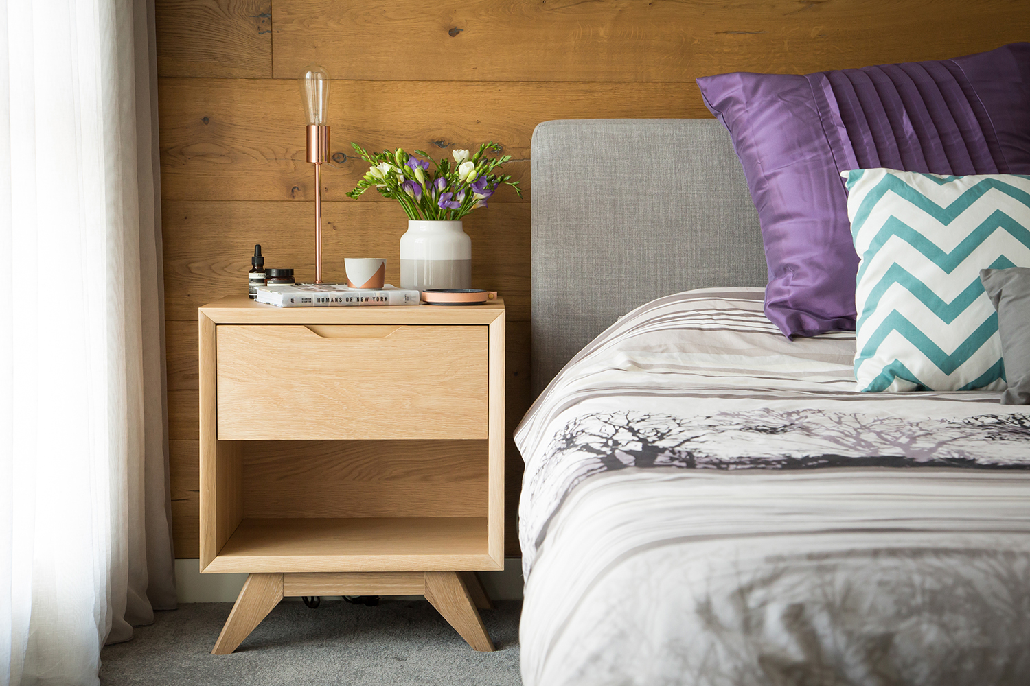 How-To-Create-Scandinavian-Style-In-Your-Home - Bedside-table-with-vase-light-off