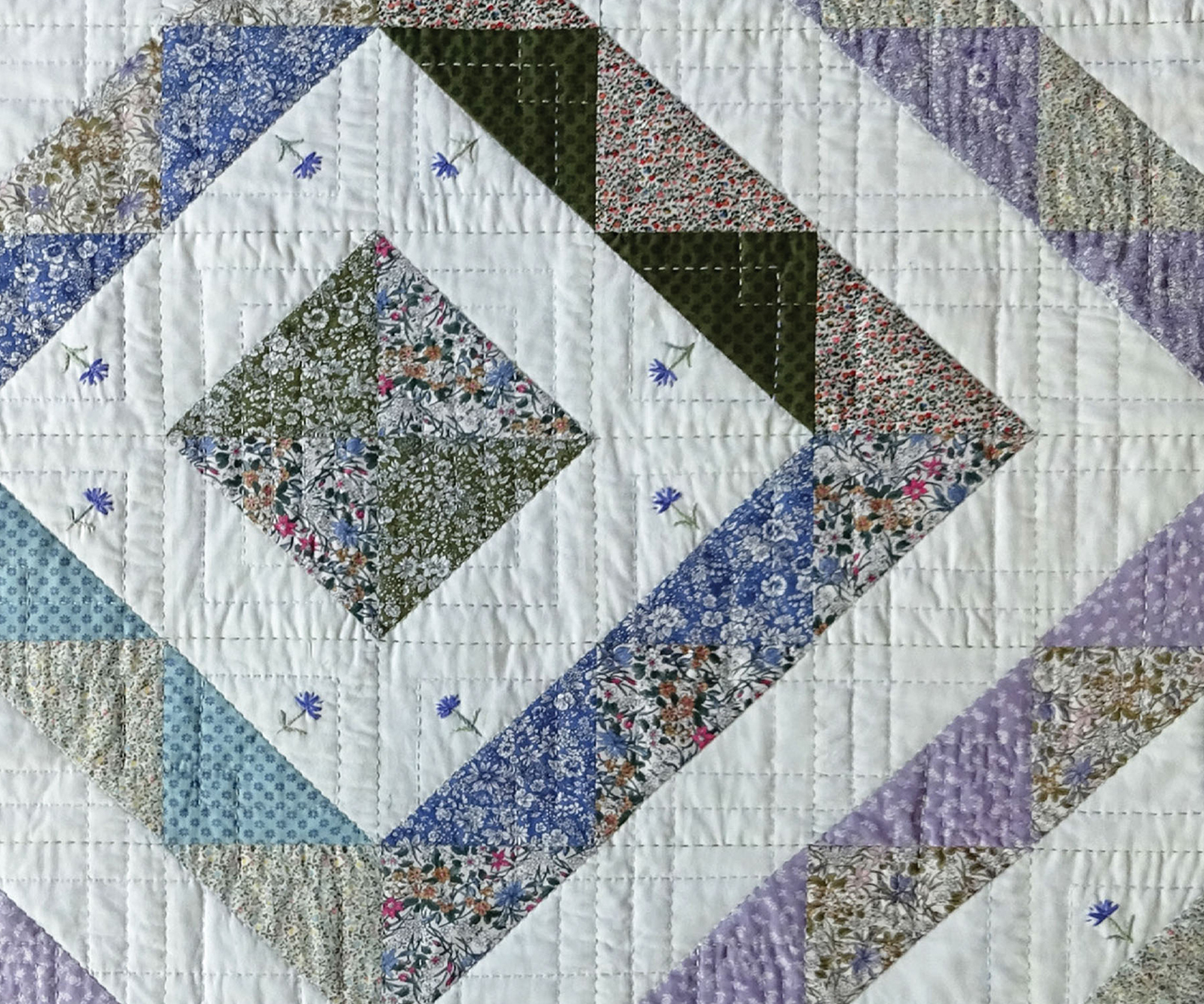 PATCHWORK-INTRO-BANNER - HALF-SQUARE-TRIANGLE-POST-IMAGE